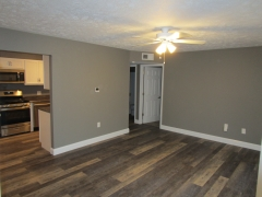 Real Estate -  2112 S. Marion St., Kirksville, Missouri - Living Room